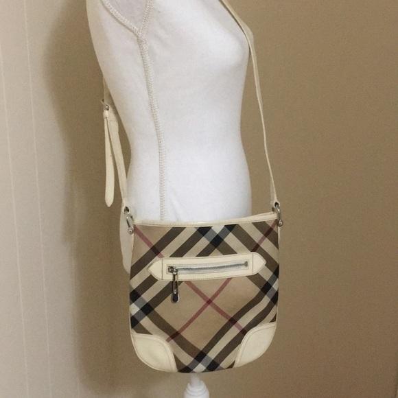 053a0946ef8c Burberry Handbags - 💥🔥HOT BUY🔥💥Burberry Crossbody